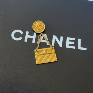 Authentic Chanel gold classic flap brooch pin